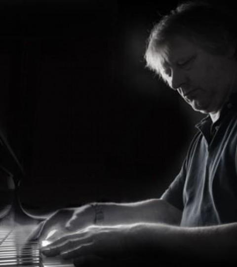 Mike Schönmehl